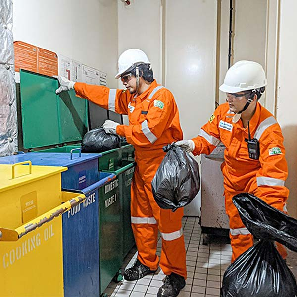 Ship chandler peru - garbage disposal
